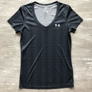 ⭐️S UNDER ARMOUR LOOSE PATTERN ATHLETIC TEE *SALE*